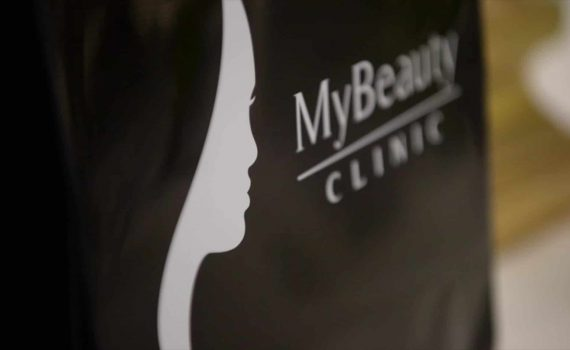 Gift bag som en kund till MyBeauty Clinic fått efter att ha varit på en kroppsbehandling